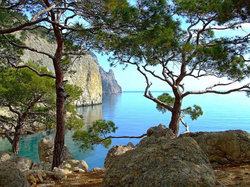Южный берег Крыма - горы, лес и море