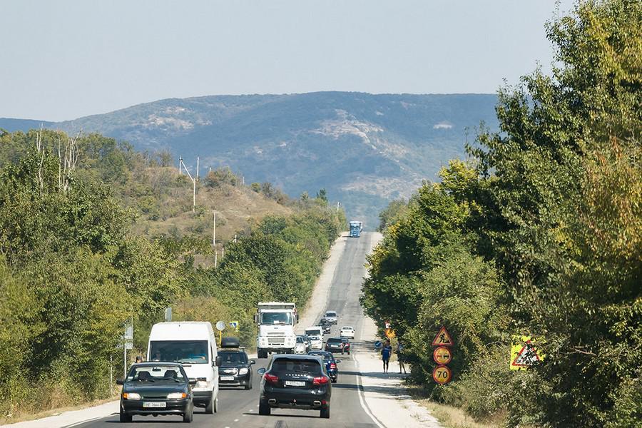 Как доехать от Симферополя до Ялты быстро, с комфортом и недорого