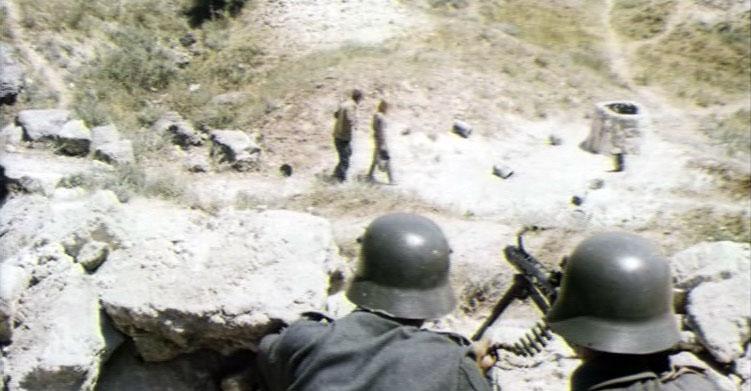 Аджимушкайские катакомбы снимали в настоящих каменоломнях в Керчи. Колодец, правда, был бутафорский.
