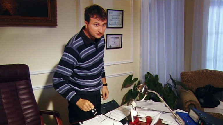 Кабинет адвоката снимали в отеле «Таврида». Да-да, именно в том отеле, в котором Соловьёв снял несколько эпизодов своей «Ассы».