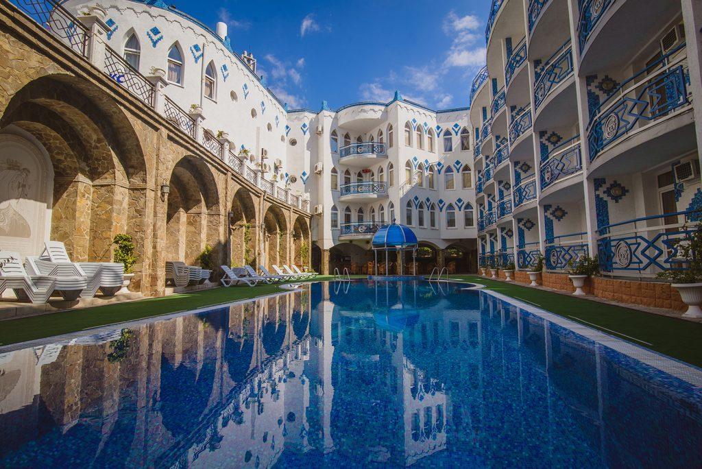 Отель «1000 и 1 ночь»