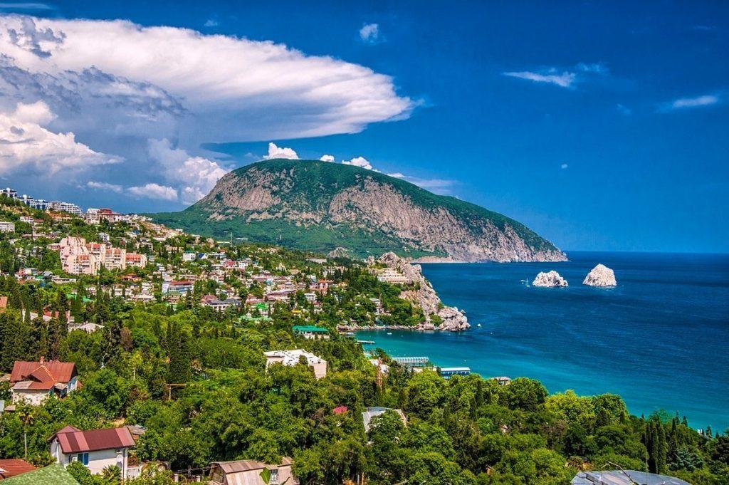 Город Гурзуф – город на южном берегу Крыма