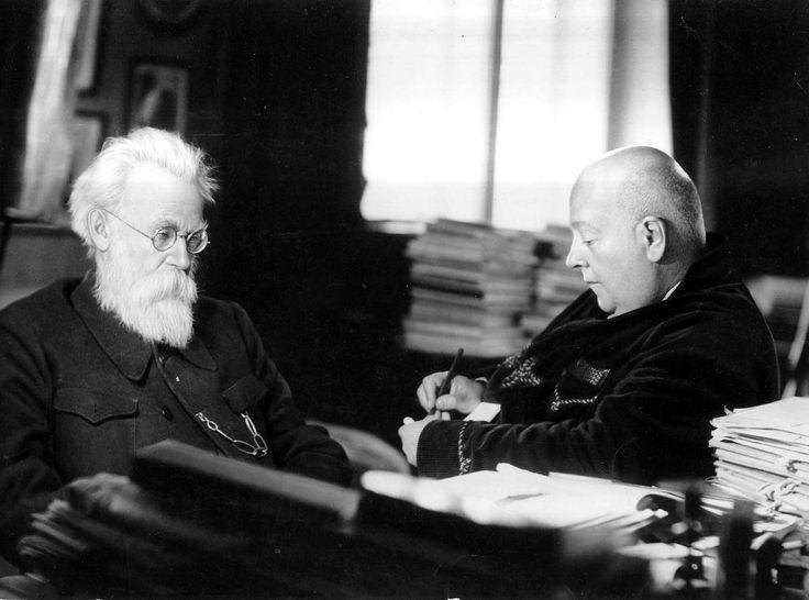 А.Е. Ферсман и В.И. Вернадский