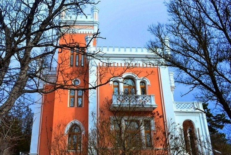Замок Кесслера-Ферсмана после реставрации