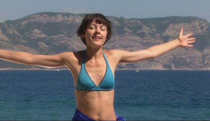 Кадр из фильма Маша и море