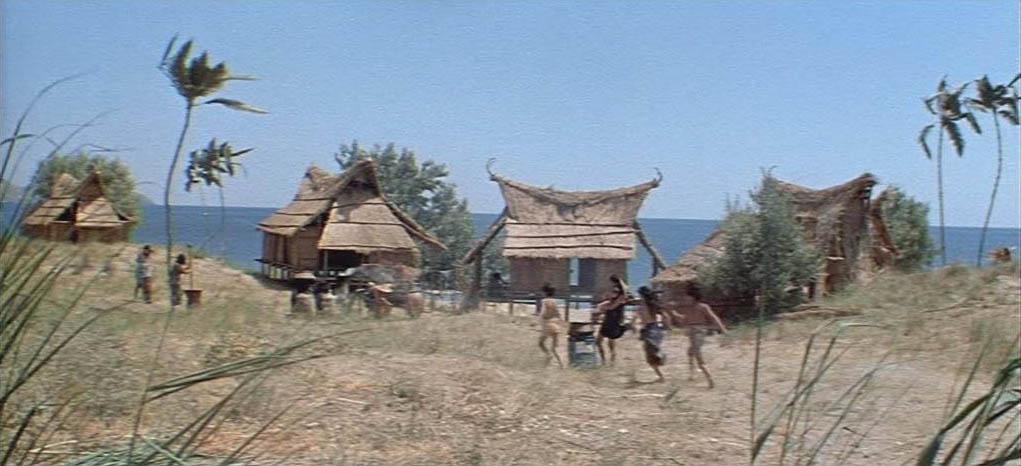 Лагерь туземцев из фильма Пираты ХХ века - Тихая бухта под Коктебелем