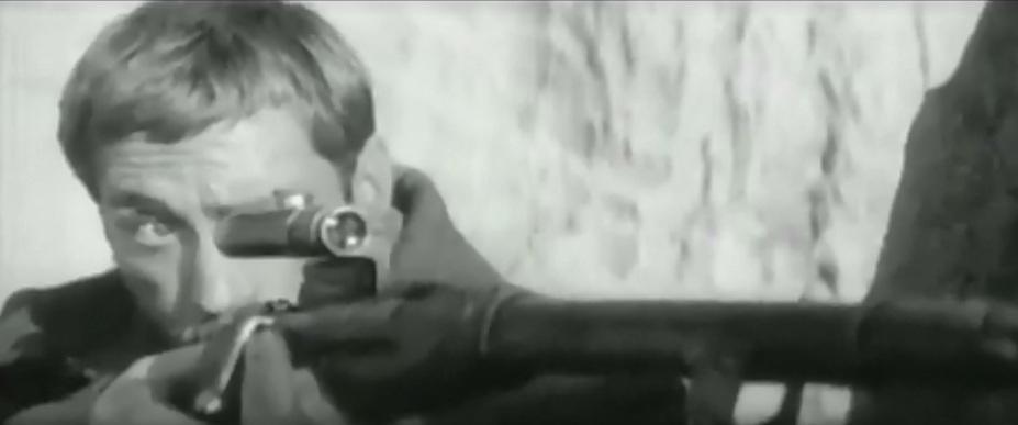 Сцена последнего выстрела поручика Брусенцова, снятая в Арабатской крепости