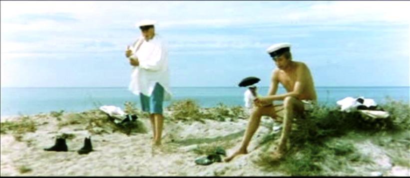 Съемки фильма Плохой хороший человек. Папанов и Даль на пляже Евпатории