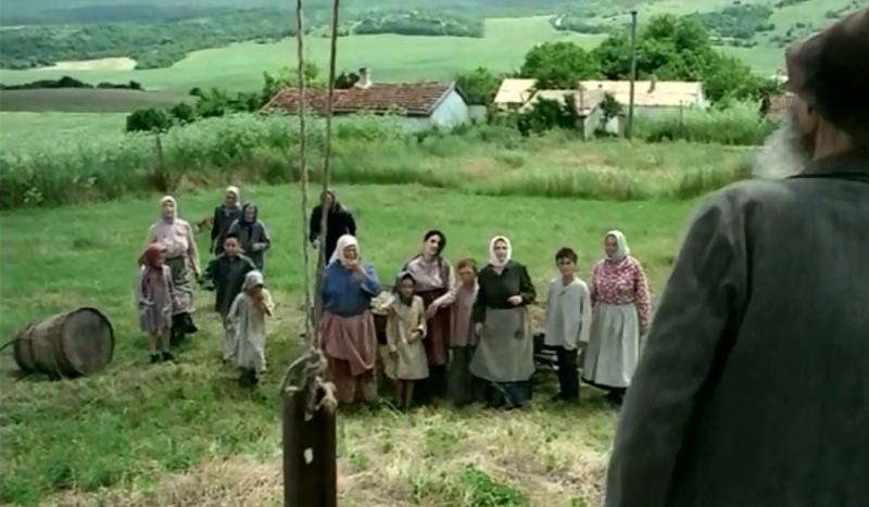Крымские хатки в роли молдавского села. Фильм Противос