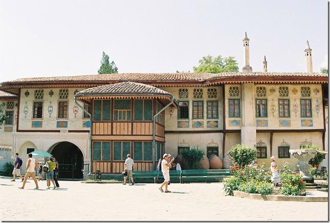 """Ханский дворец - одно из мест съемки фильма """"Они были актерами"""""""
