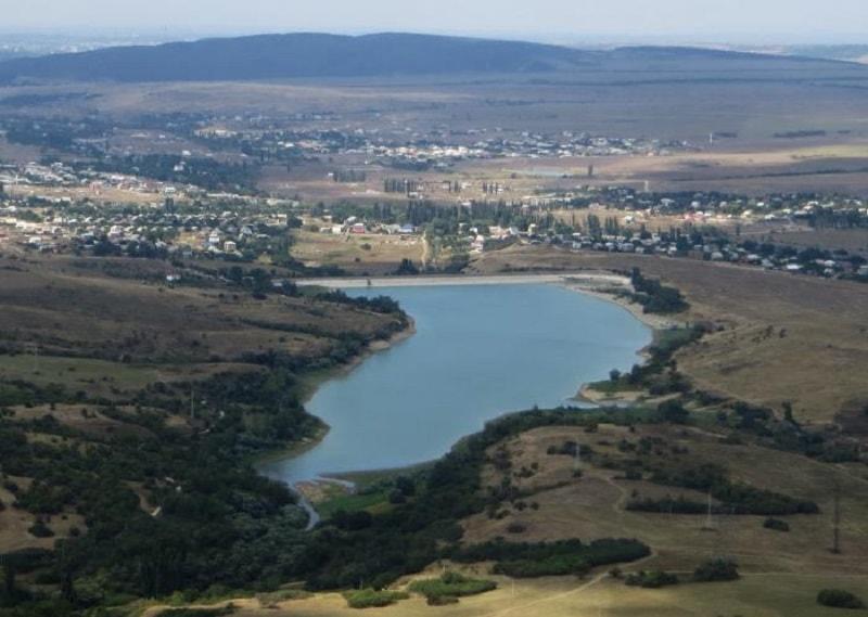 Аянское водохранилище