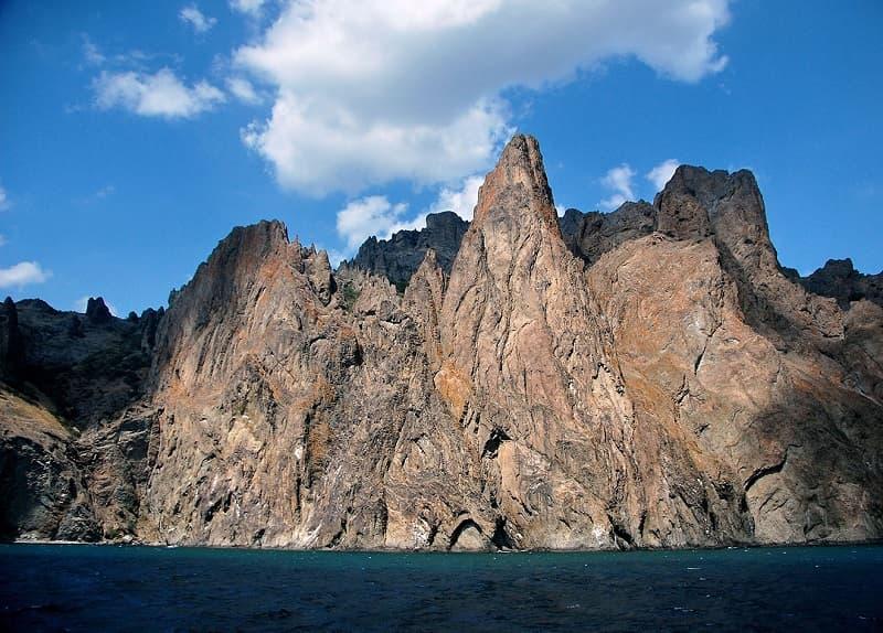 Кара-Даг. Вид с моря