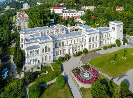 Какие достопримечательности Ялты обязательно стоит посетить?